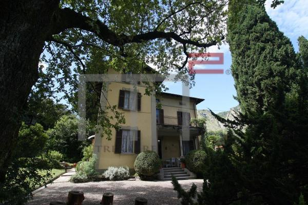 Villa For Sale in Lago Como,  Northern Italy